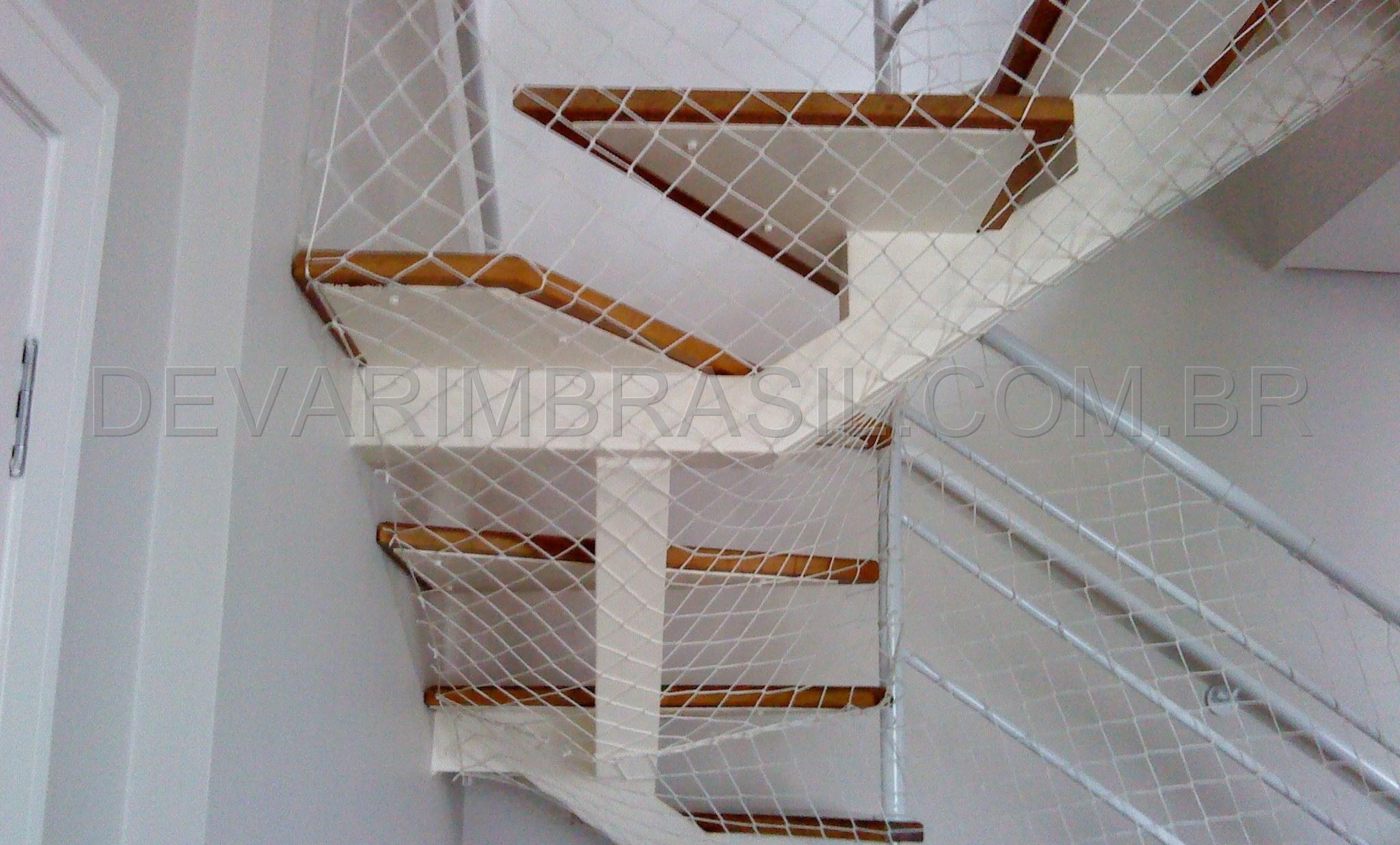 Rede-de-Proteção-para-Escadas_wm